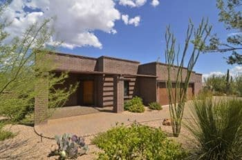 Oro Valley Home For Sale with 4 Car Garage, Casita, Pool & Spa